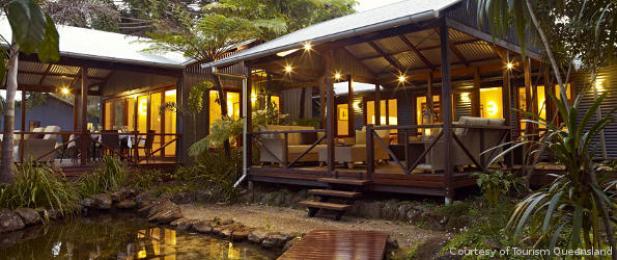 Sunshine Coast Accommodation Retreat Courtesy Tourism Queensland