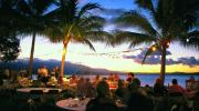 Tropical North Queensland Dinning - Courtesy of Tourism Queensland